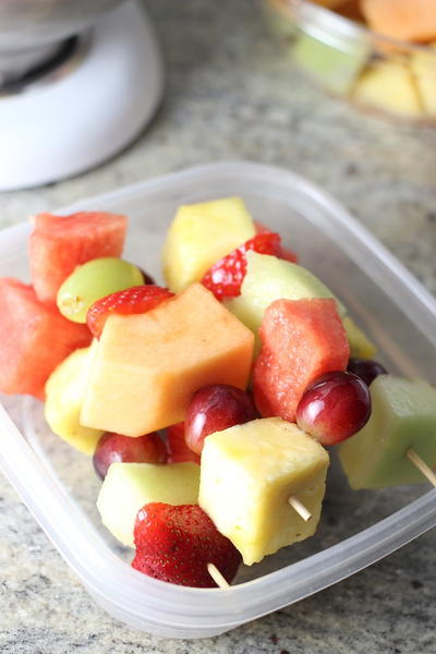 Quick Breakfast Fruit Skewers