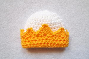 Preemie Crown Crochet Hat