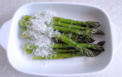 Simple Asparagus in Butter