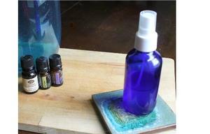 Natural Essential Oil Perfume Recipe | DIYIdeaCenter com