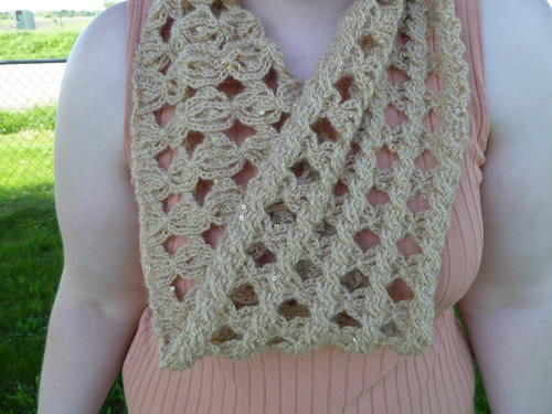 Twists and Bows Cowl