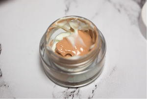 DIY Eyeshadow Primer