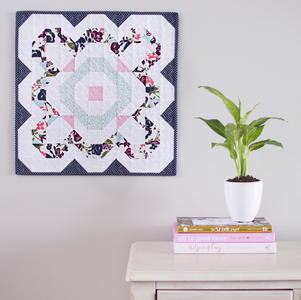 Full Bloom Mini Quilt Pattern