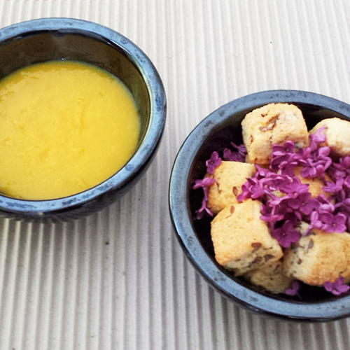 Lilac Mini Scones with Turmeric Lemon Curd