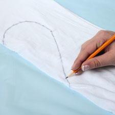 Heart Tie Dye Technique From Tulip Favecrafts Com
