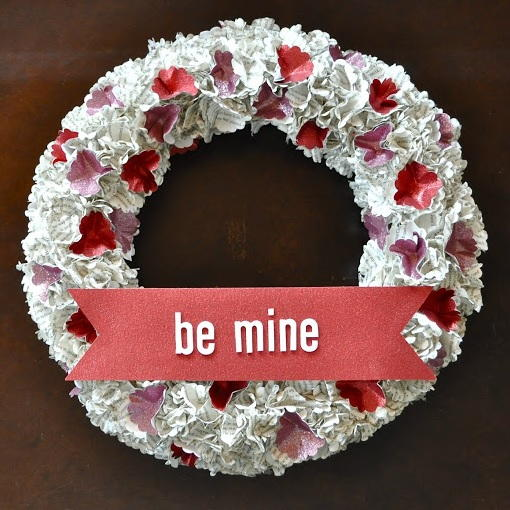 Easy Book Page Valentines Day Wreath