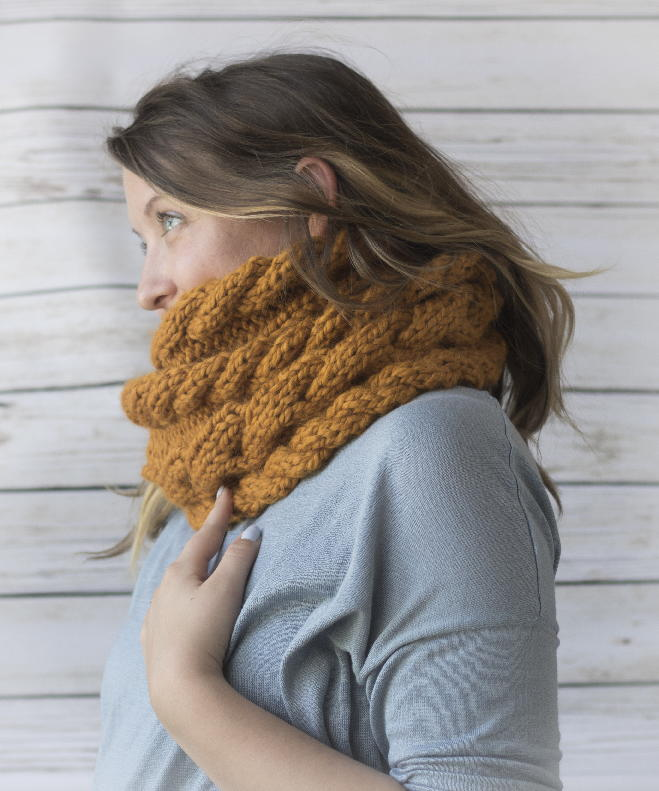 Knitting Pattern For A Cowl Neck Scarf : Cora Cable Knit Cowl AllFreeKnitting.com
