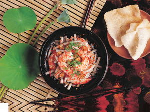 Lotus Stem Salad with Shrimp (Goi Ngo Sen)