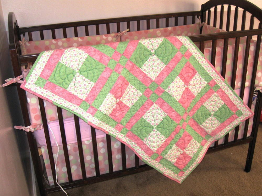 Springtime Disappearing Nine Patch Baby Quilt Favequilts Com
