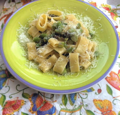 Pasta with Asparagus and Lemon