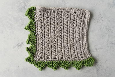 How to Crochet the Pointed Scallop Edging