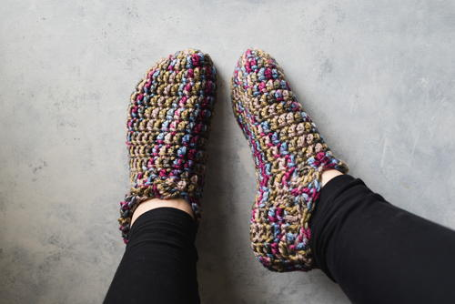 416c8cd9ceb7 One Hour Crochet Slippers (Free Pattern)