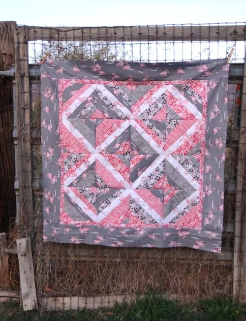 Flamingo Legs String Quilt