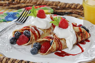 Shortcut Fruit Crepes