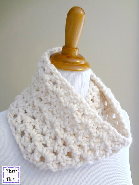 Lightning Fast Crocheted Cowl