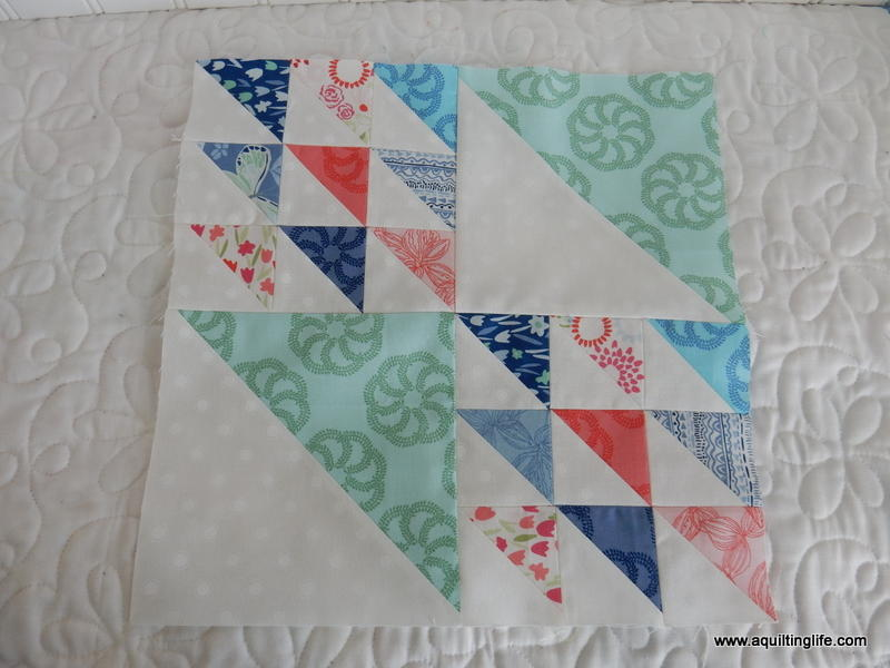 Focus Hst Quilt Block Pattern Favequilts Com