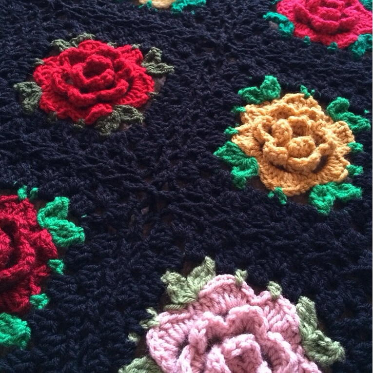 English Rose Granny Square Crochet Pattern ...