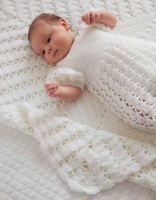496df3142 Princess Charlotte s Christening Crochet Blanket ...
