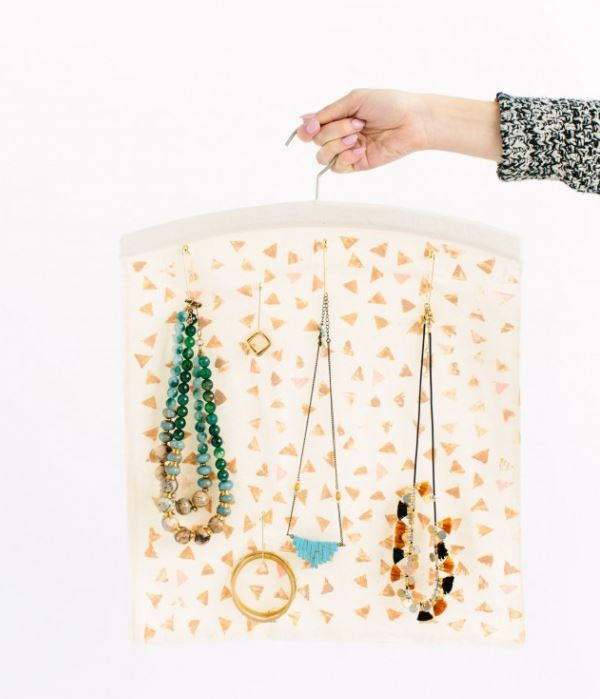 hanging diy jewelry holder diyideacenter