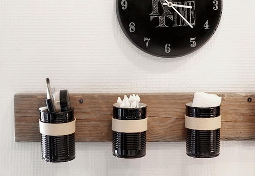 Upcycled Tin Can DIY Wall Organizer