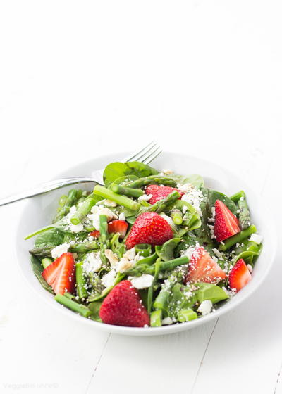 Strawberry Spinach Salad Blanched Asparagus with Balsamic Dressing