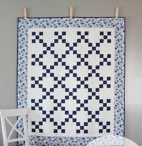 China Blue Irish Chain Quilt Pattern