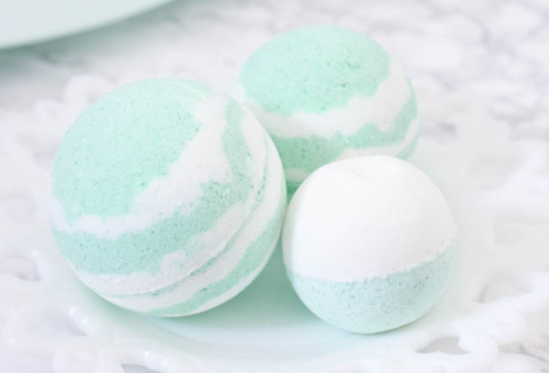 Cold and Sinus Relief DIY Bath Bombs