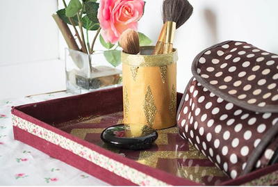 Chic DIY Makeup Brush Holder