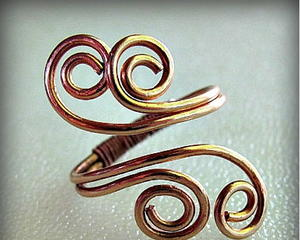 Scrolling Spiral Wire Ring