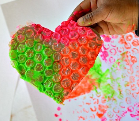 DIY Bubble Wrap Stamp Art