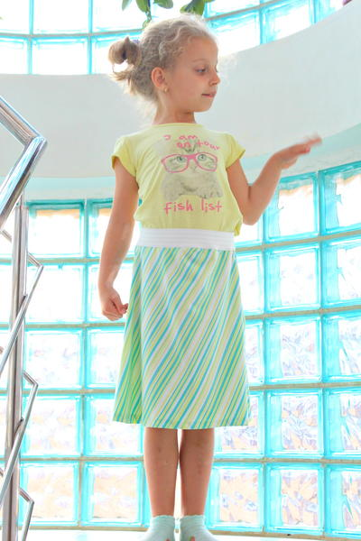 3659397f791 Everyday Skirt Patterns for Girls. 10 Minute Skirt Tutorial