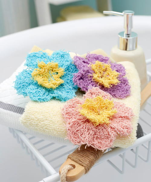 Prettiest Flower Crocheted Scrubbies Pattern