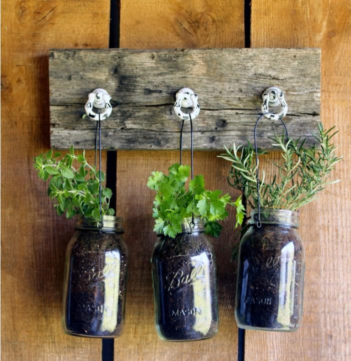 DIY Mason Jar Planter | DIYIdeaCenter.com