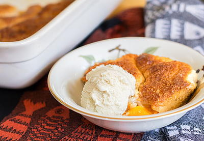 Mama's Southern Peach Cobbler