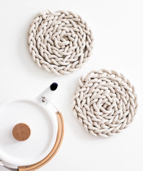 DIY Trivet Finger Knitting Pattern