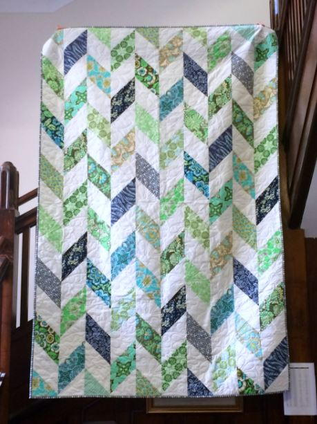 Daisy Chain Strip Quilt Tutorial