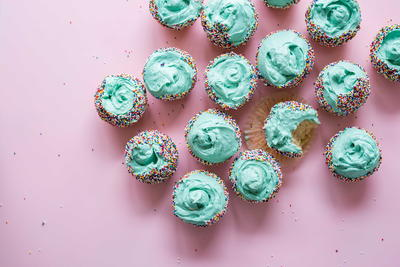 How to Choose the Right Types of Frosting