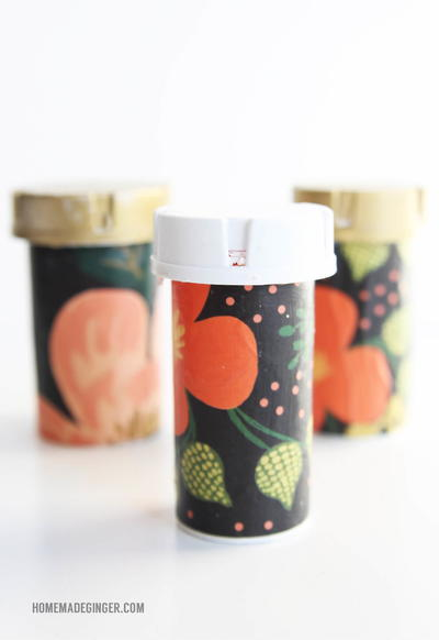 Recycle Pill Containers into Organizers