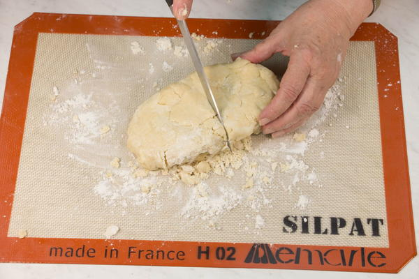 Knead and separate the dough