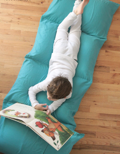 Kids DIY Pillow Bed