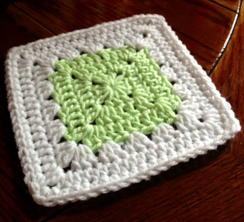 Simple Delicacy Granny Square Pattern