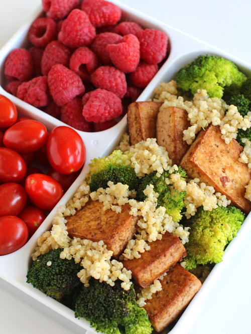 Tea Tofu and Broccoli with Quinoa