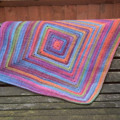 Continuous Granny Square Afghan Pattern