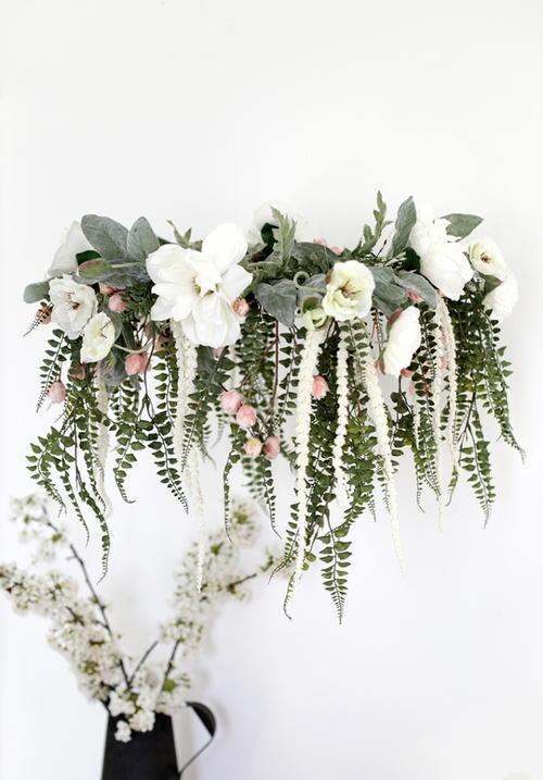 Pretty DIY Flower Chandelier AllFreeDIYWeddingscom - Beautiful diy white flowers chandelier