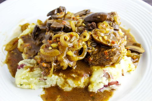 Mushroom and Onion Smothered Cube Steak