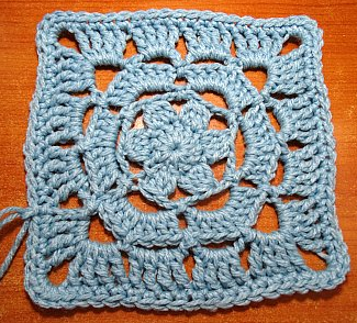 Lacy Flower Granny Square Pattern
