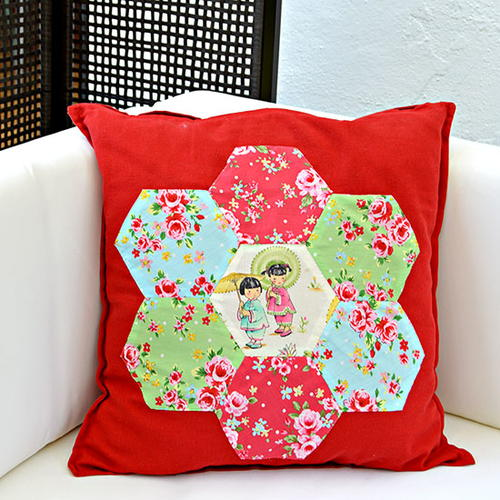 Gorgeous Chinoise Applique Hexagon Patchwork Pillow