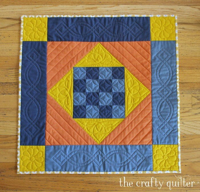 Amish Mini Quilt Pattern Favequilts Com