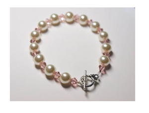 Glass Pearls and Crystals Bracelet