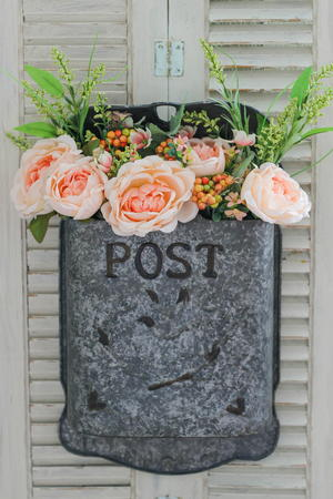 Amish Post Box Flower Craft